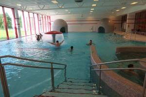 Bazén je opravdu pěkný-30